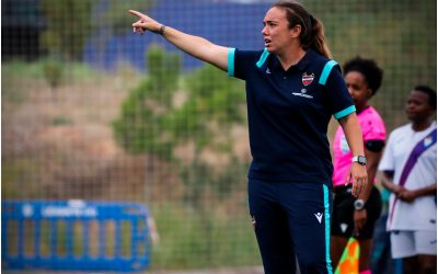 Entrenador@s de fútbol